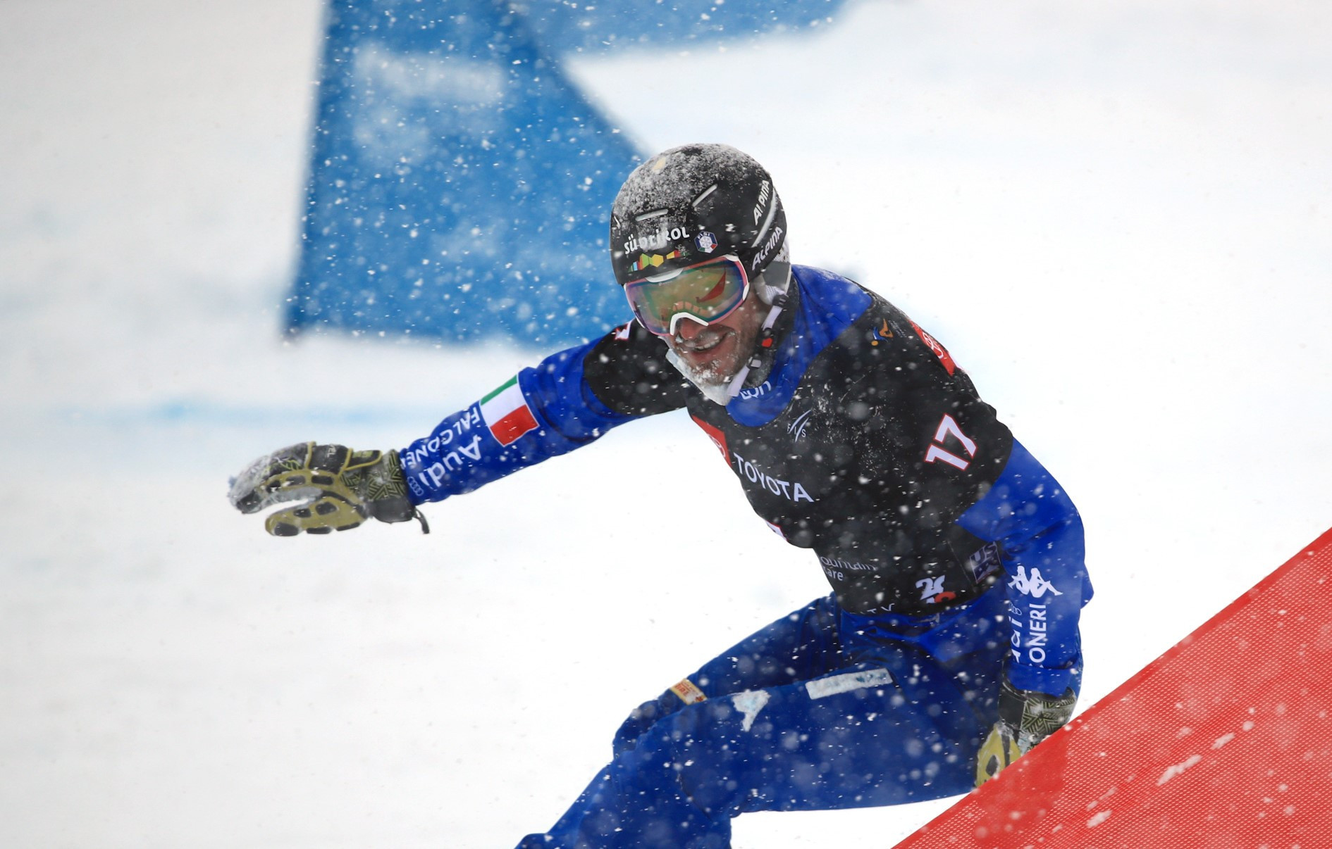 Nadyrshina and March win first parallel slalom races of Snowboard World Cup season