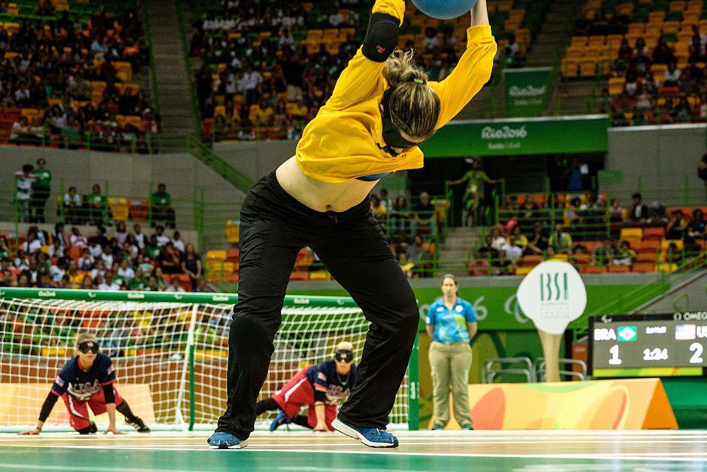 Le goalball fait partie des sports programmés aux Jeux paralympiques de 2024 à Paris © Getty Images