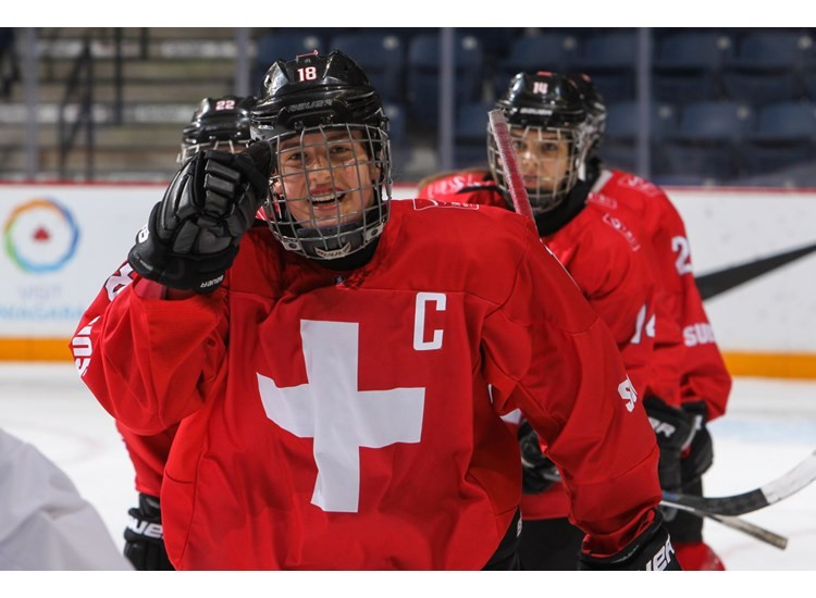 Switzerland beat France to avoid relegation from IIHF World Women's Under-18 Championship