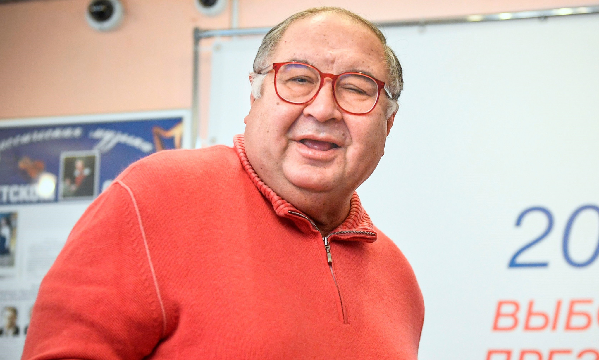 Russian opposition leader Navalny calls for West to impose sanctions on FIE President Usmanov