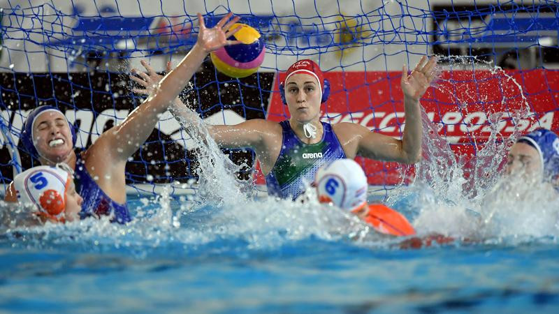 Netherlands held to draw with Italy at women's water polo Olympic qualifiers