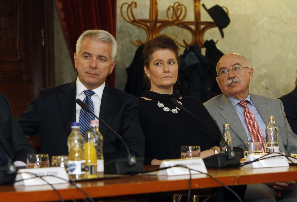 Attila Szalay-Berzeviczy (left) Krisztina András (centre) and János Martonyi (right) will bring experience from outside the Olympic Movement