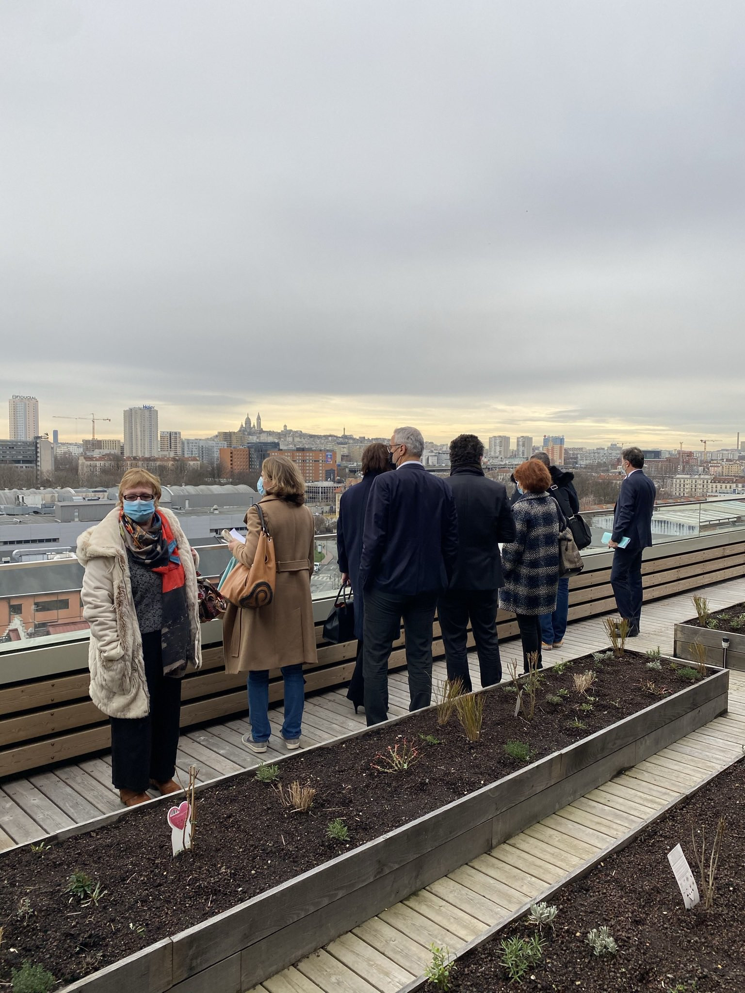The new Paris 2024 Organising Committee headquarters has a herb garden on the roof ©Twitter