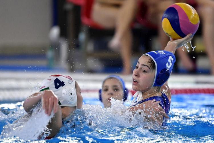 Greece edge past Hungary to top group at women's water polo Olympic qualifiers