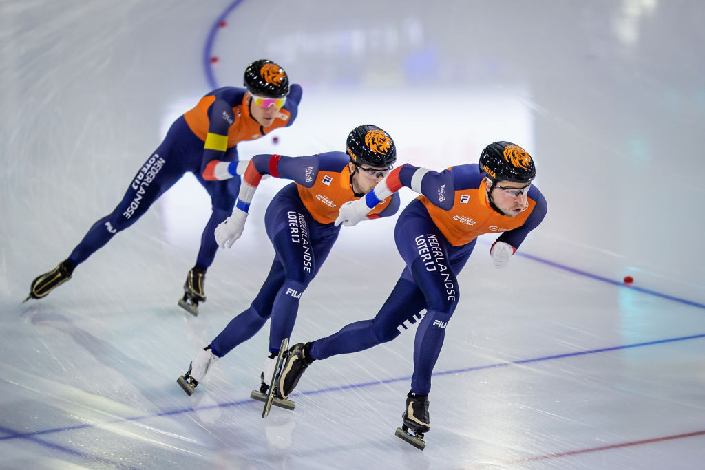 Canada and The Netherlands win team pursuit golds at ISU Speed Skating World Cup