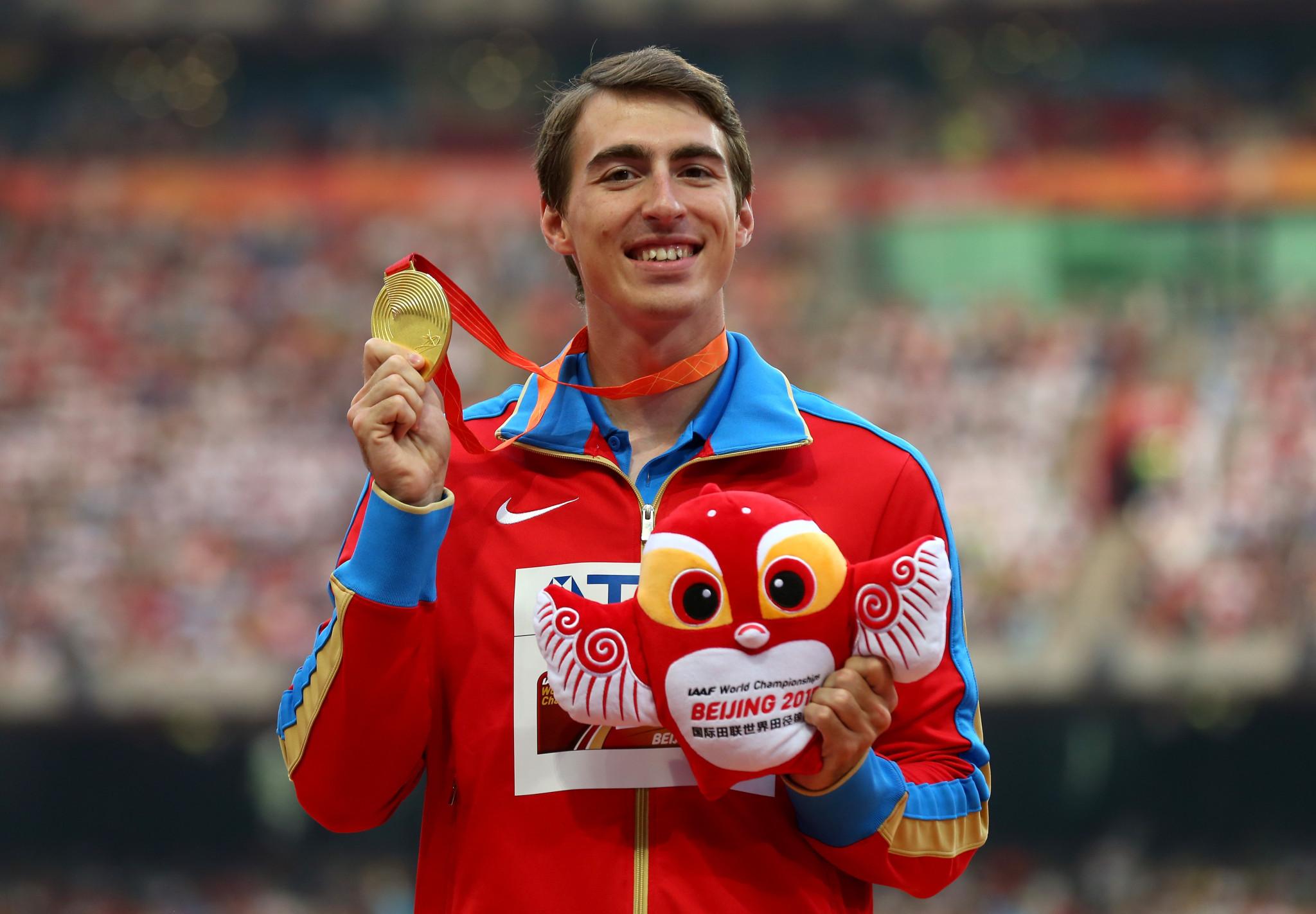Сергей Шубенков выиграл золотую медаль в беге на 110 метров с барьерами на чемпионате мира 2015 года в Пекине © Getty Images