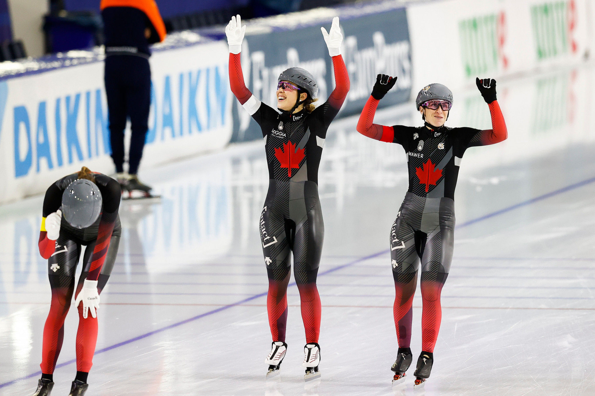 Canada women set team pursuit track record at Heerenveen Speed Skating World Cup