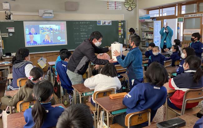 Australian Paralympians hold online sessions for Japanese schoolchildren