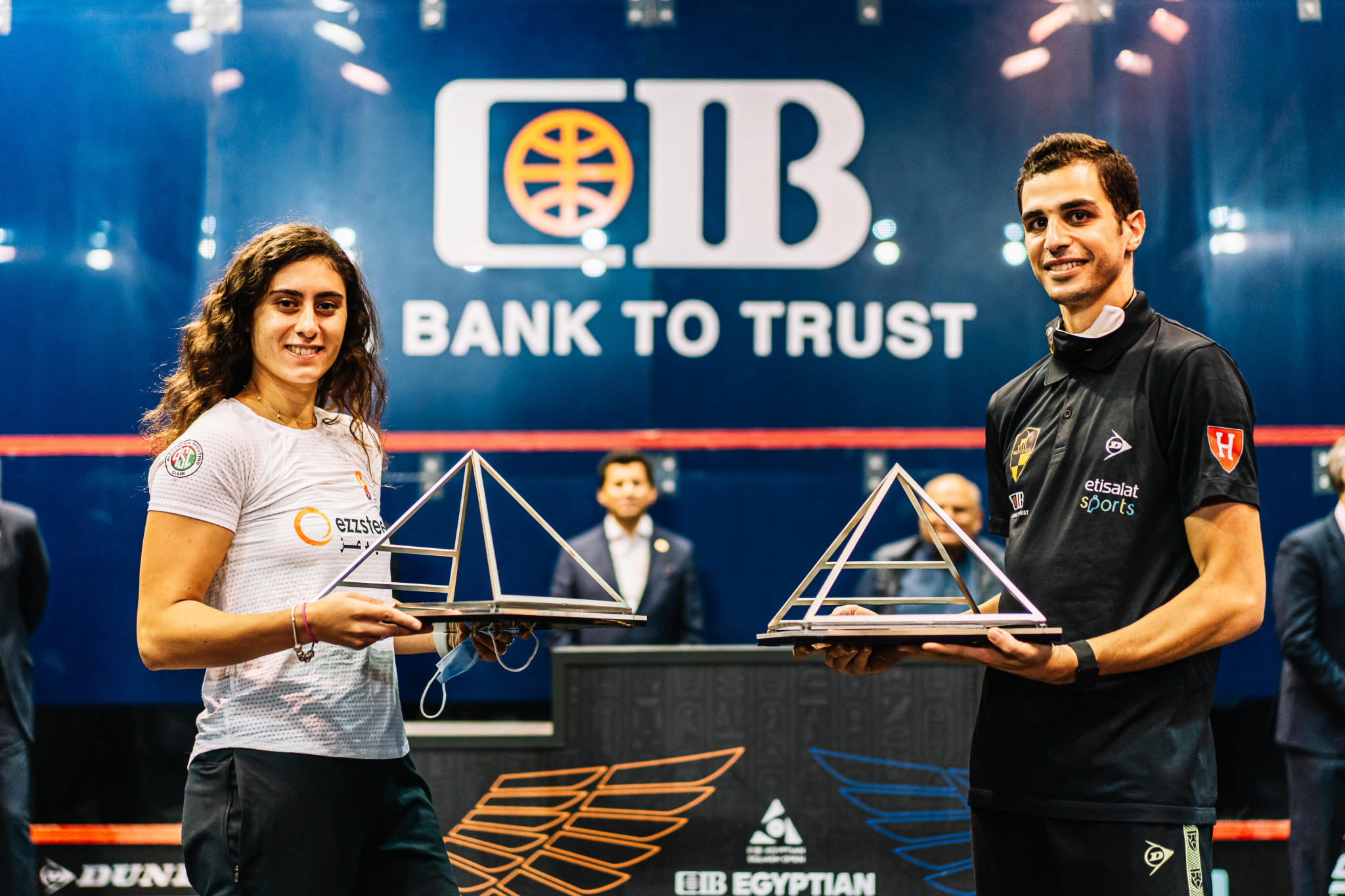 Nour El Sherbini and Ali Farag remain top of the respective women's and men's PSA world rankings after January ©PSA
