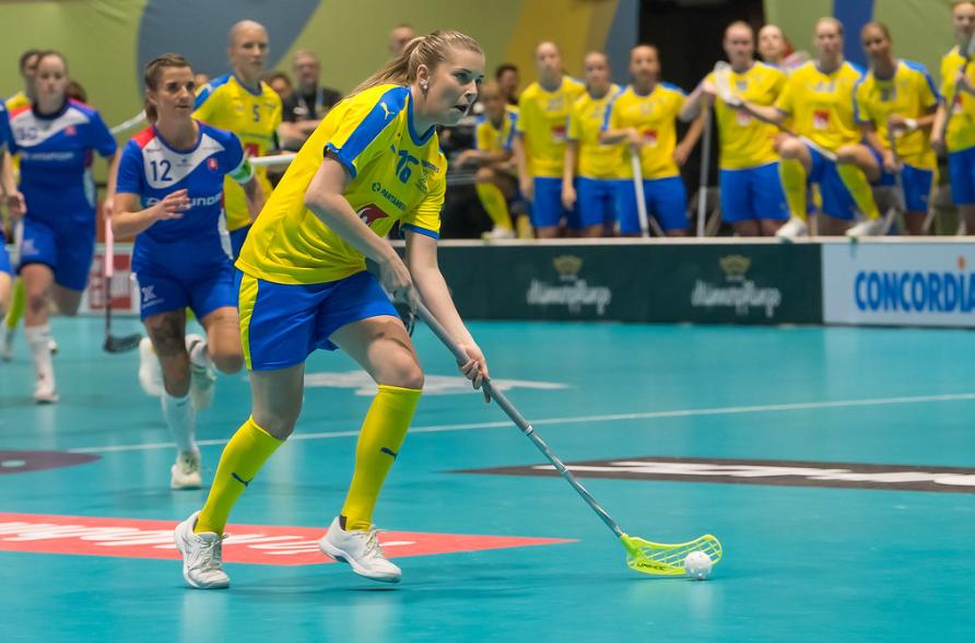 Zviedrija kā čempiones titula aizstāvētāja piedalīsies šī gada pasaules čempionātā sievietēm.  © IFF