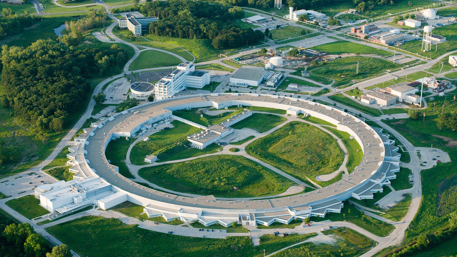 The US Department of Energy's Argonne National Laboratory is using a supercomputer to try to come up with a model to help ease traffic in Los Angeles ©ANI