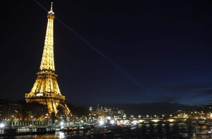 Poll suggests French still not convinced over Paris 2024 bid