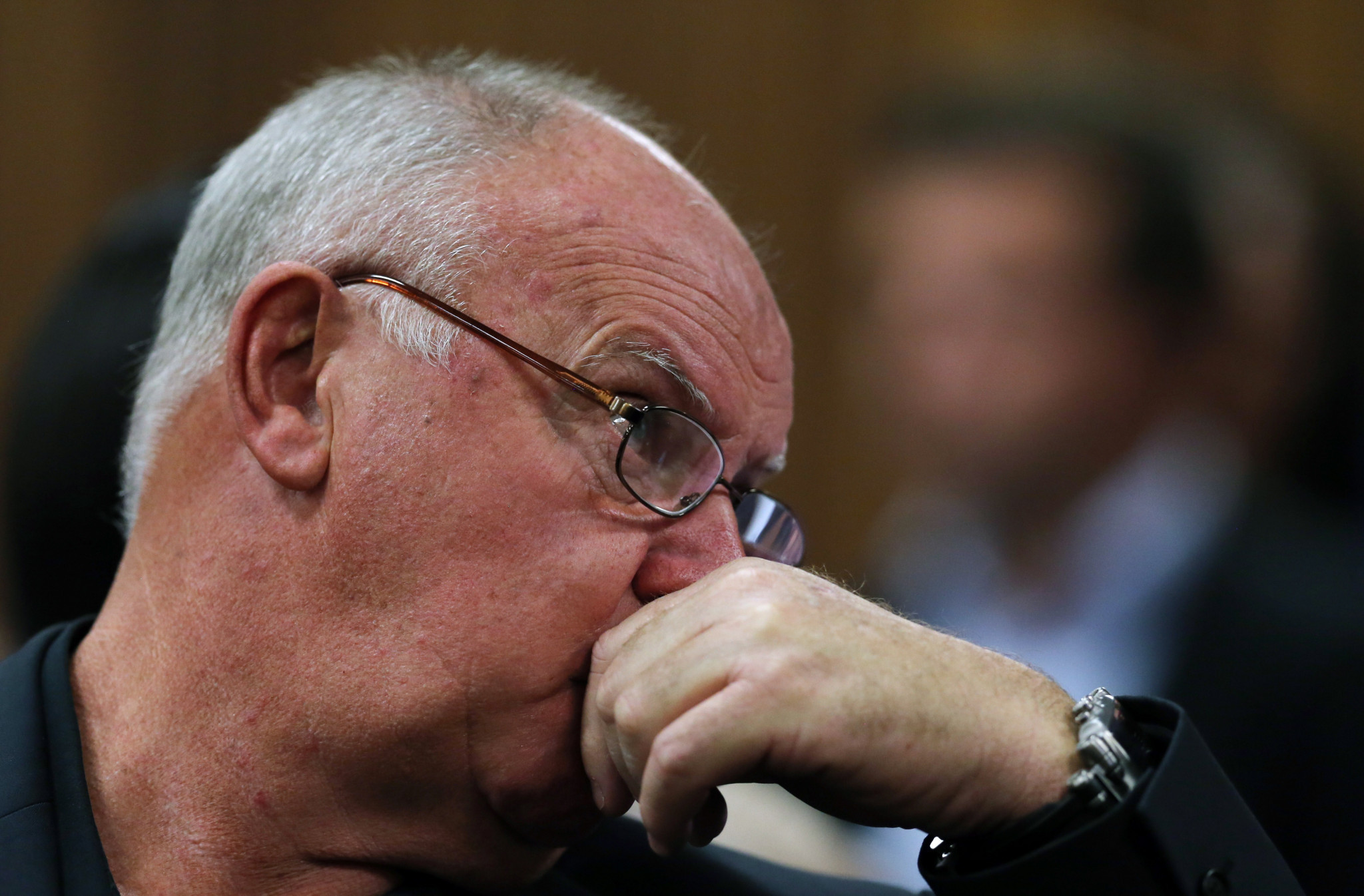 Ampie Louw, former coach of Oscar Pistorius, dies aged 72 of COVID-19