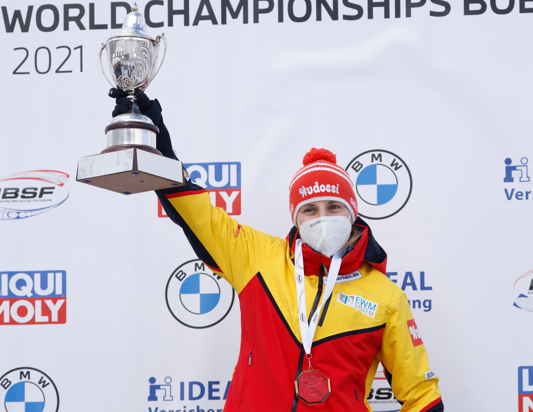Hermann completes turnaround to win women's skeleton title at IBSF World Championships