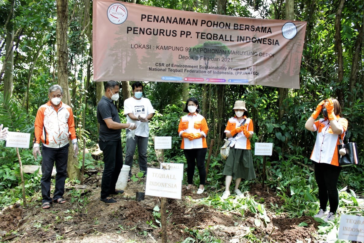 Indonesian Teqball Federation plants trees to help prevent flooding