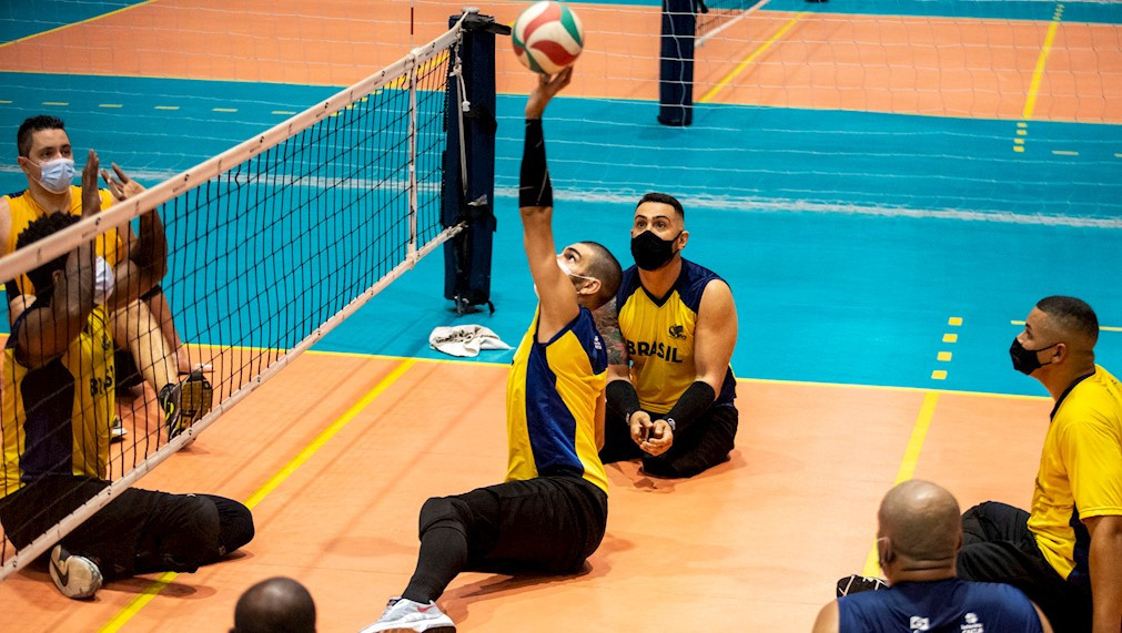 Brazilian sitting volleyball teams return to Paralympic Training Centre in São Paulo