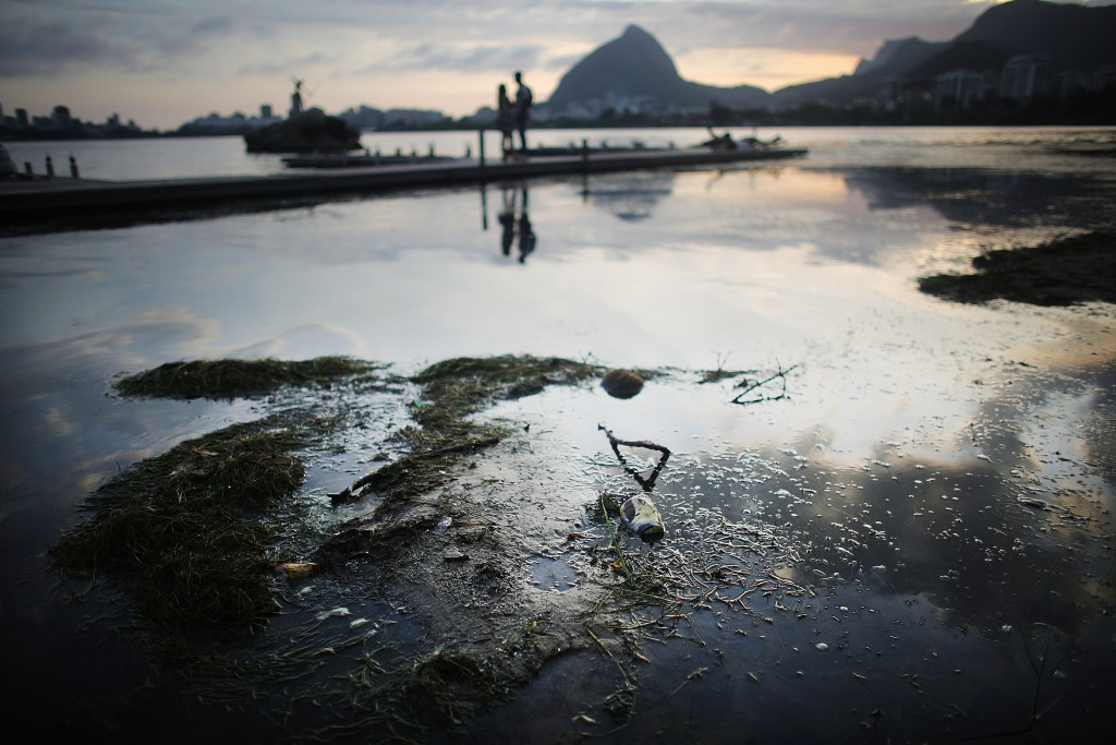 Olympic rowers to get report next week on health risks of polluted Rio 2016 venue