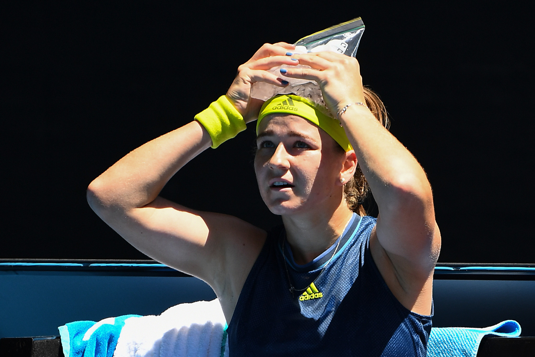 Czech Republic's Karolina Muchova suffered from dizziness against Ashleigh Barty ©Getty Images