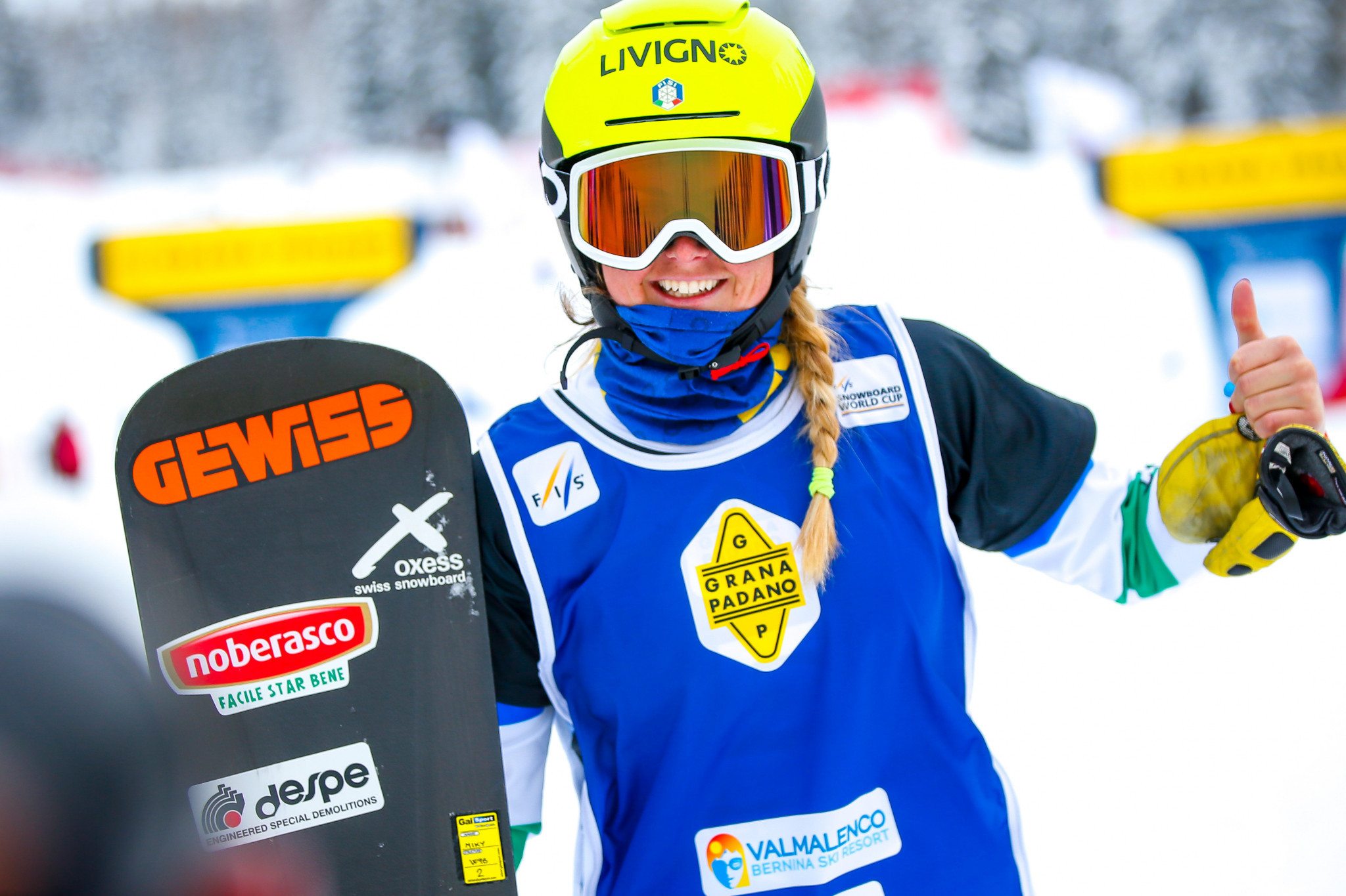 Moioli triumphs in dominant display at Snowboard Cross World Cup in Austria