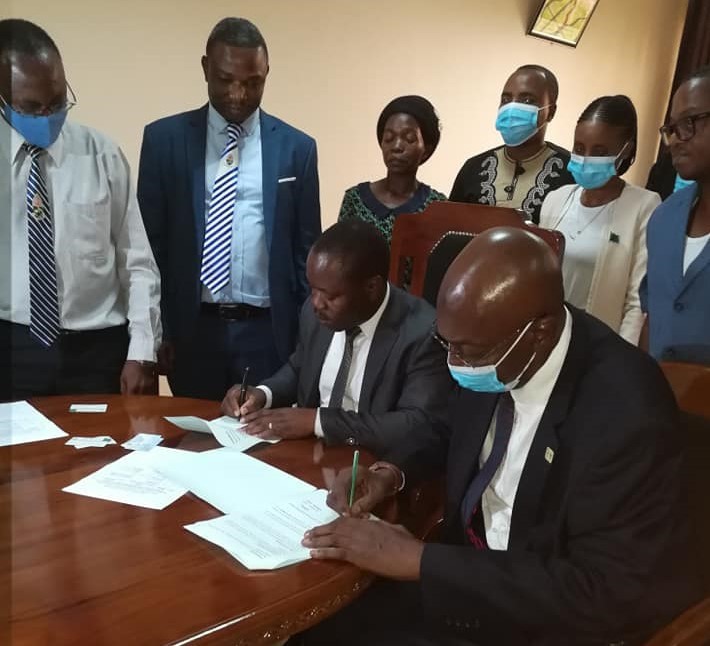 The Tanzania Baseball and Softball Association and Dar Es Salaam University College of Education have agreed to cooperate regarding baseball for the blind ©TaBSA