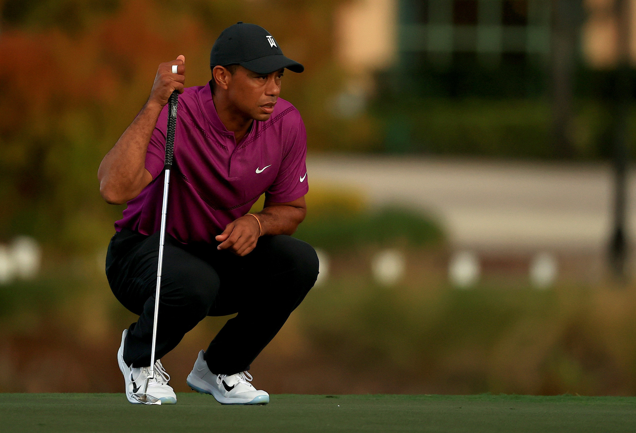 Tiger Woods suffered multiple fractures to his right leg, as well as ankle and foot injuries, leaving his future as a golfer in jeopardy ©Getty Images