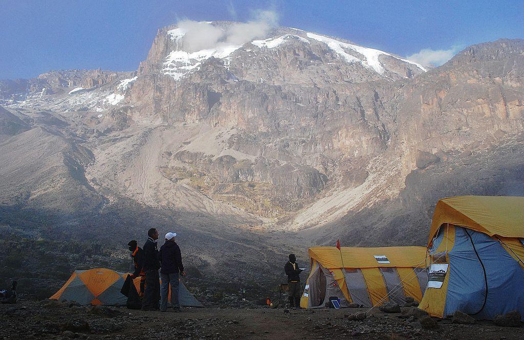 Kenya bans runners from Tanzania's Kilimanjaro Marathon due to COVID-19 risk