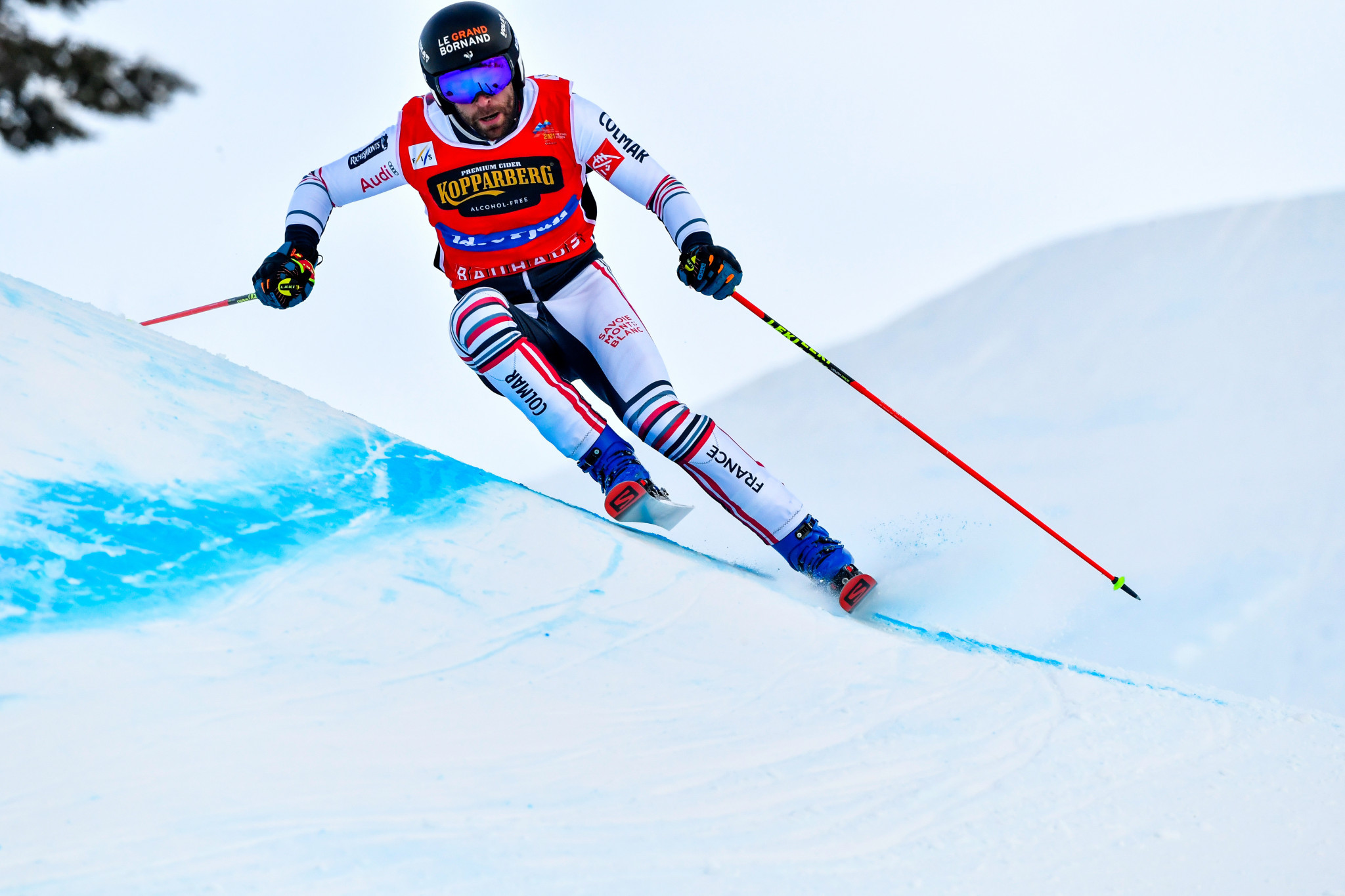 Midol and Smith top qualifying at FIS Ski Cross World Cup in Bakuriani