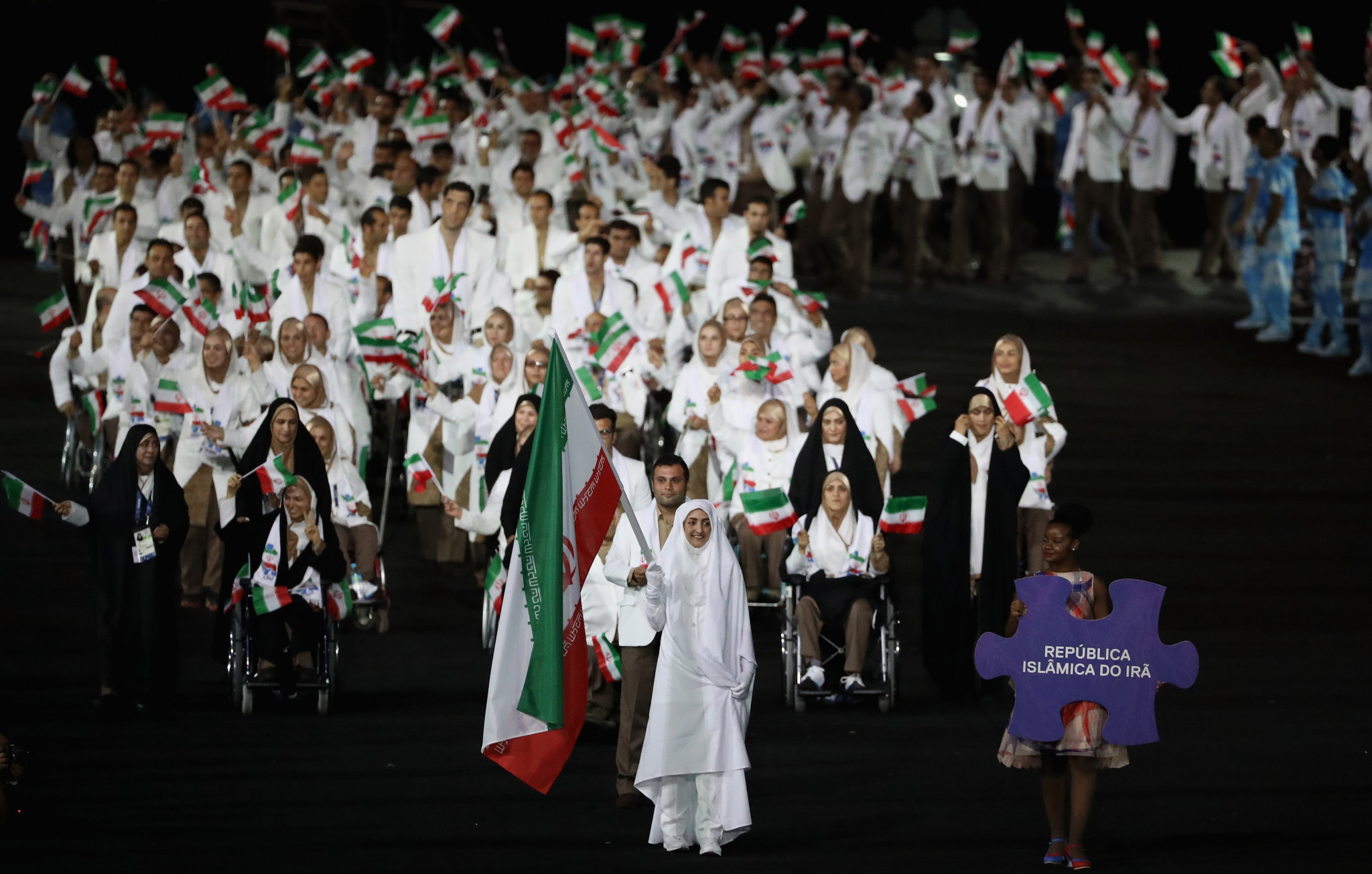 Iranian Para-taekwondo players studying opponents to make up for lack of competition