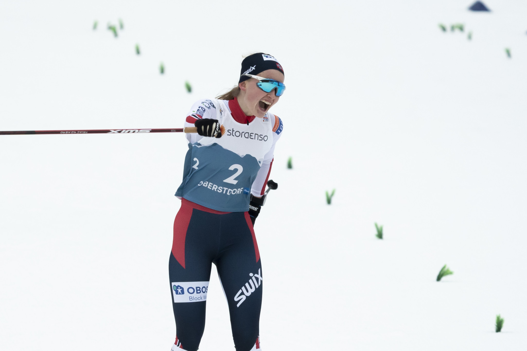 Hansen crowned first women's Nordic combined world champion in Oberstdorf