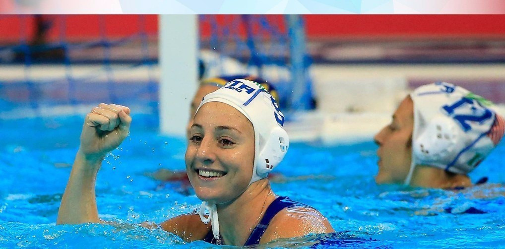 Italy's women made it through to the quarter-finals with a 100 per cent record