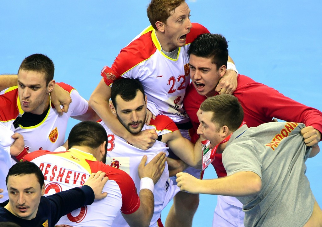 Late equaliser puts Macedonia in next round of European Men's Handball Championship and keeps Rio 2016 hopes alive