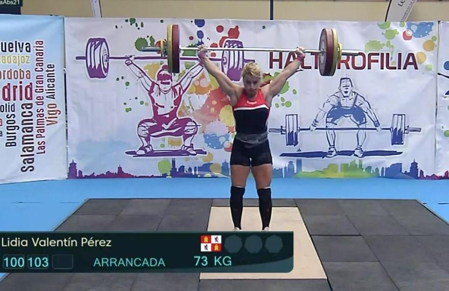 Lydia Valentine, una de las levantadoras de pesas más famosas del mundo, juega en Lyon como parte de la Ultimate Cup de España © Brian Oliver