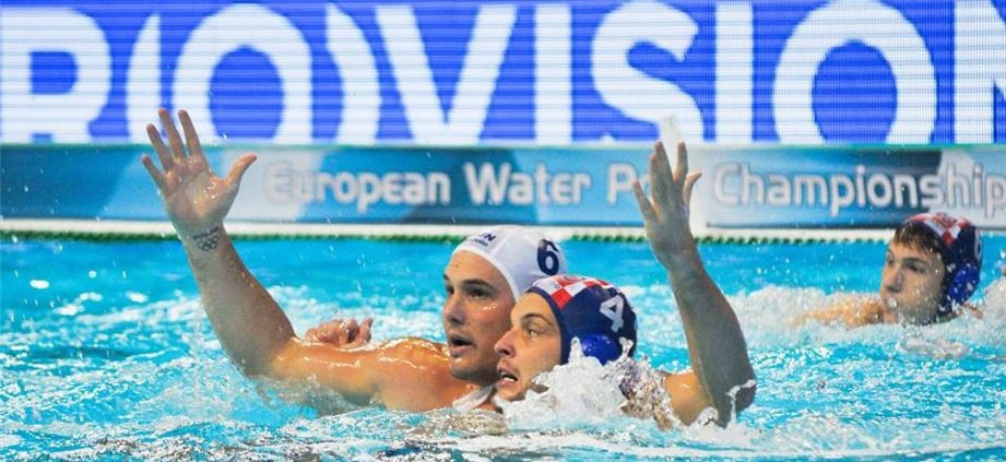 Hungary knock out Olympic gold medallists Croatia at European Water Polo Championships