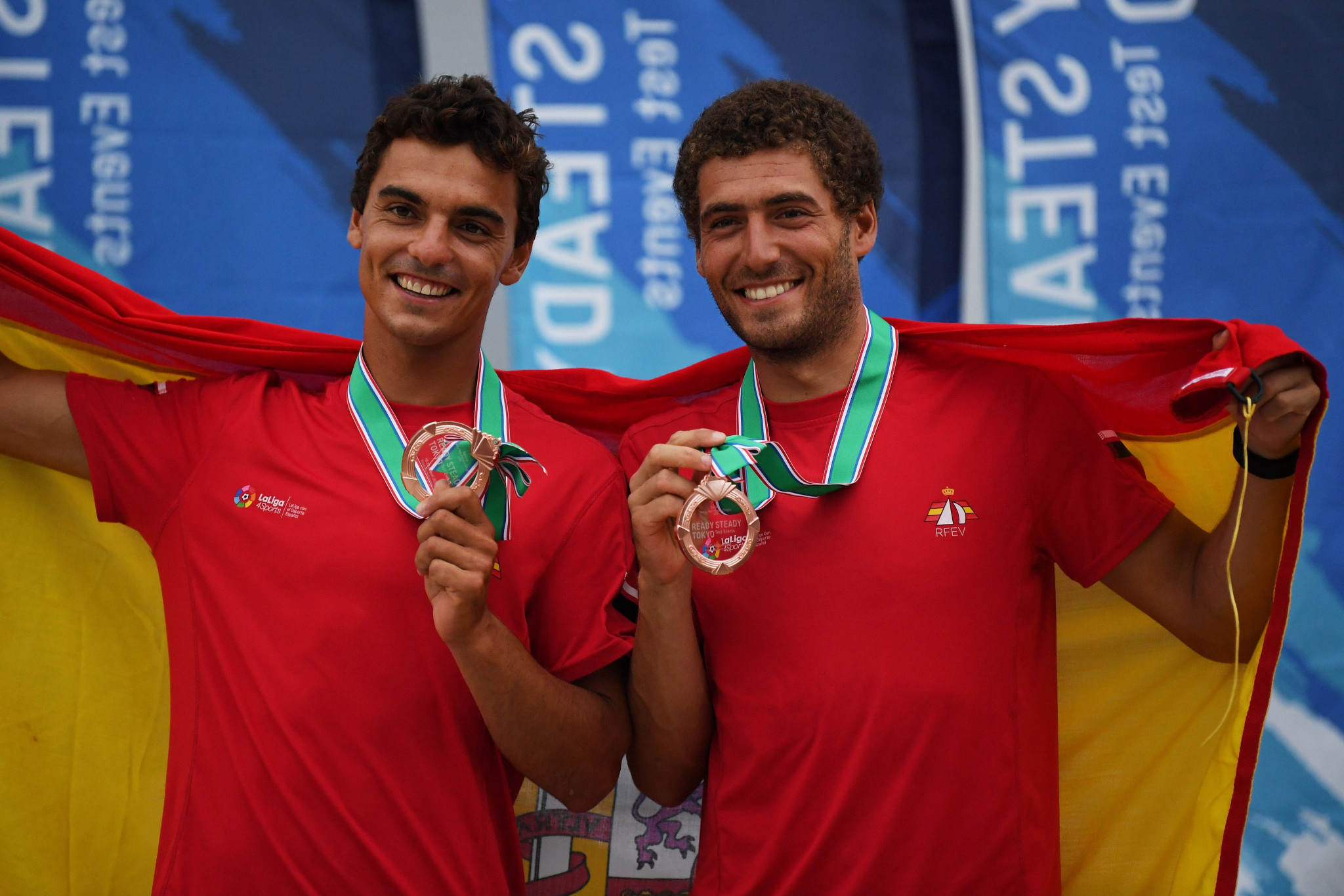 Xammar and Rodríguez lead men's event after opening day of 470 World Championships