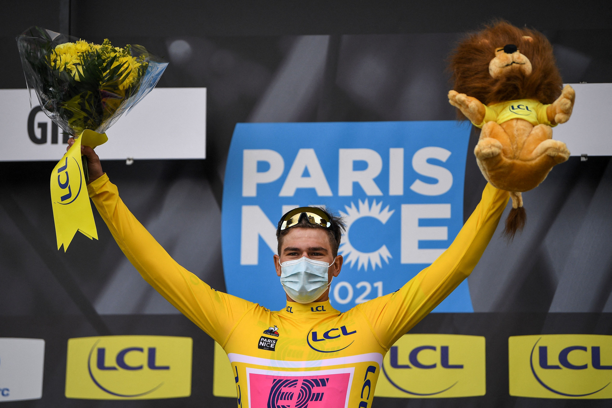 Bissegger takes overall lead in Paris-Nice after time-trial success