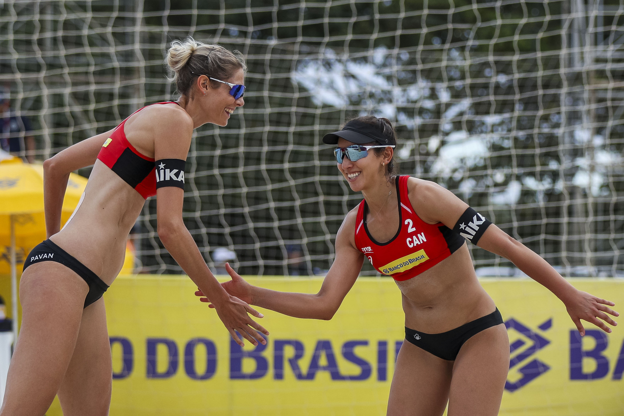 World champions survive scare to reach Katara Beach Volleyball Cup last eight