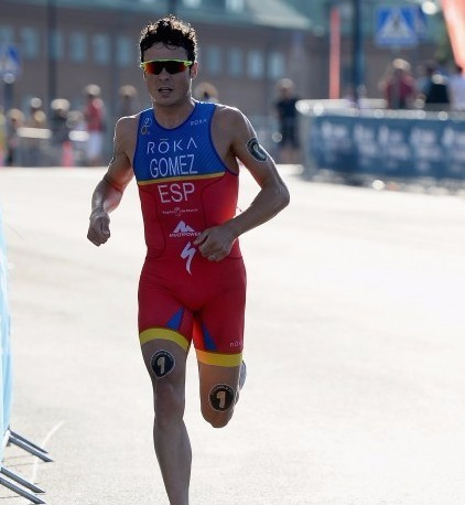 Gómez and Spirig crowned European Triathletes of the Year for 2015