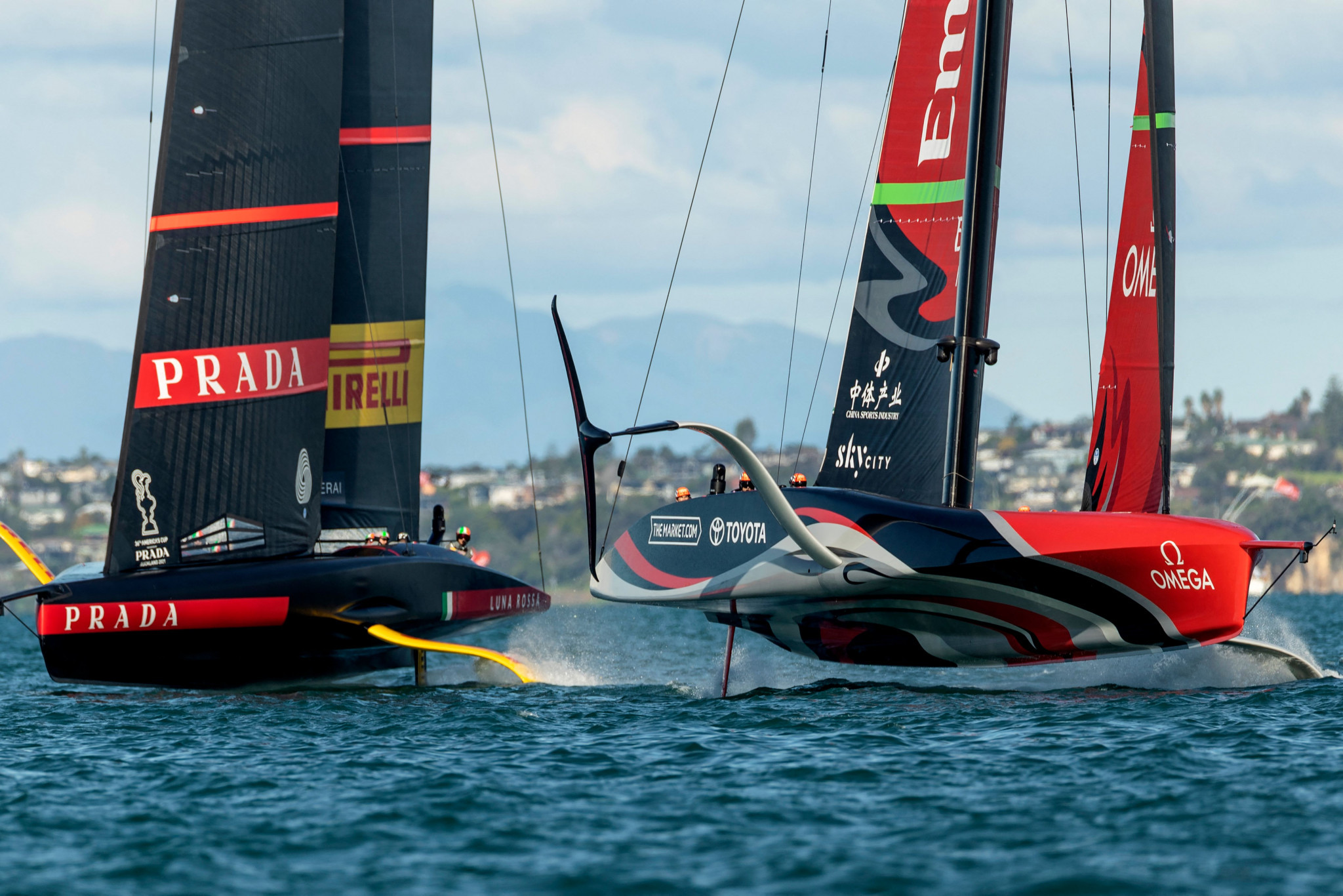 Team New Zealand respond to draw level with Luna Rossa in America's Cup