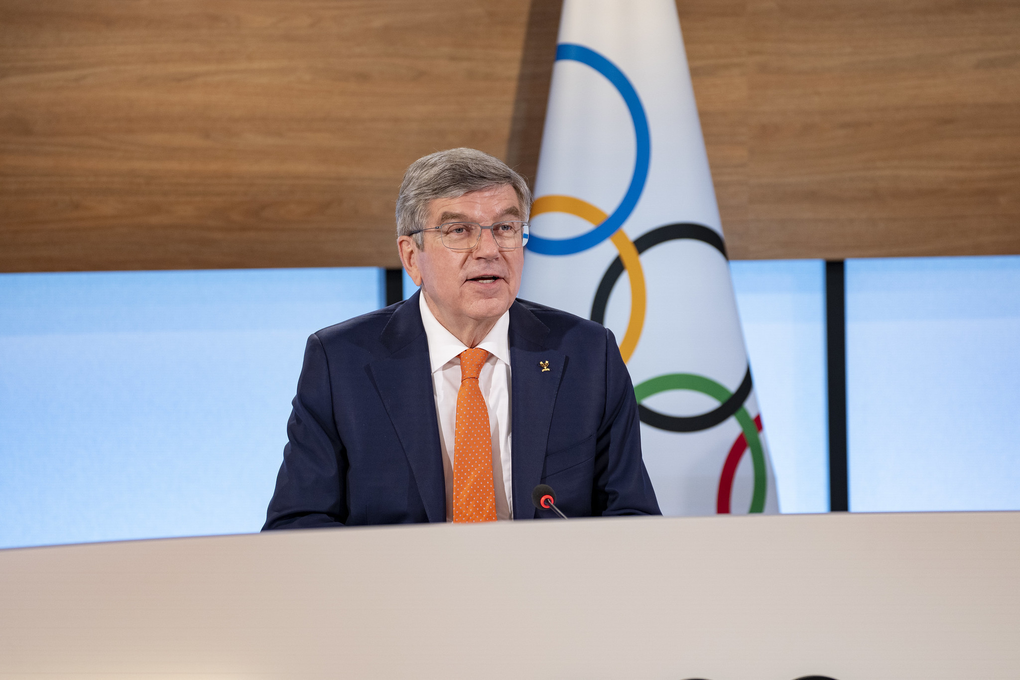 """IOC votes for closer ties with esports but warns it will reject """"violent"""" video games"""