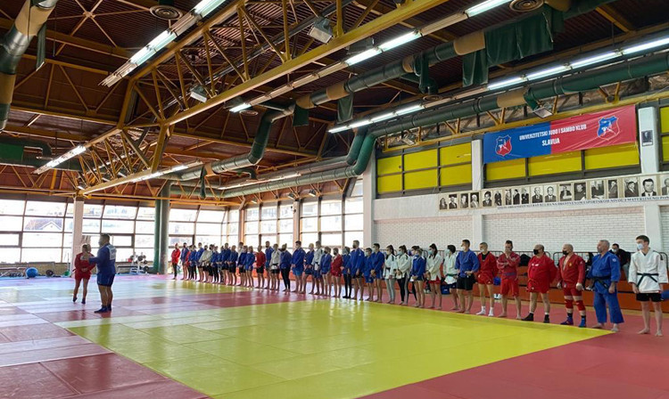 Top Serbian sambo stars held the class the week before the National Championships ©FIAS