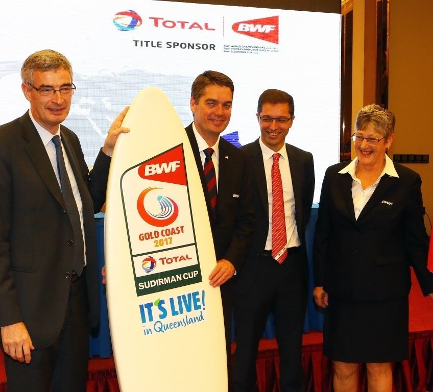 Bertrand de La Noue, Stéphane Lagrue and Geraldine Brown mark the Sudirman Cup 2017 in trademark Gold Coast style - with a branded surfboard