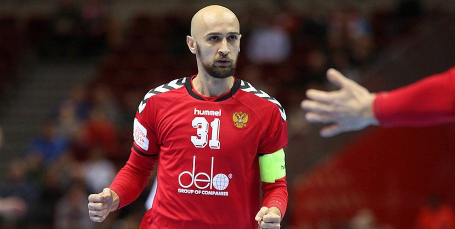 Russian victory at European Men's Handball Championship secures place in main draw and knocks out Montenegro