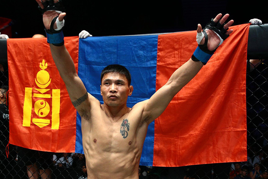 Mongolia's best-known MMA fighter is Jadambaa Narantungalag, the former ONE featherweight champion ©Getty Images
