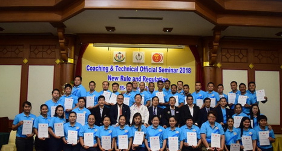 Liu Ning, the coach of the Thailand women's national team that lost three world titles in a doping scandal in 2018 was a keynote speaker at this coaching seminar in the same year ©Asian Weightlifting Federation