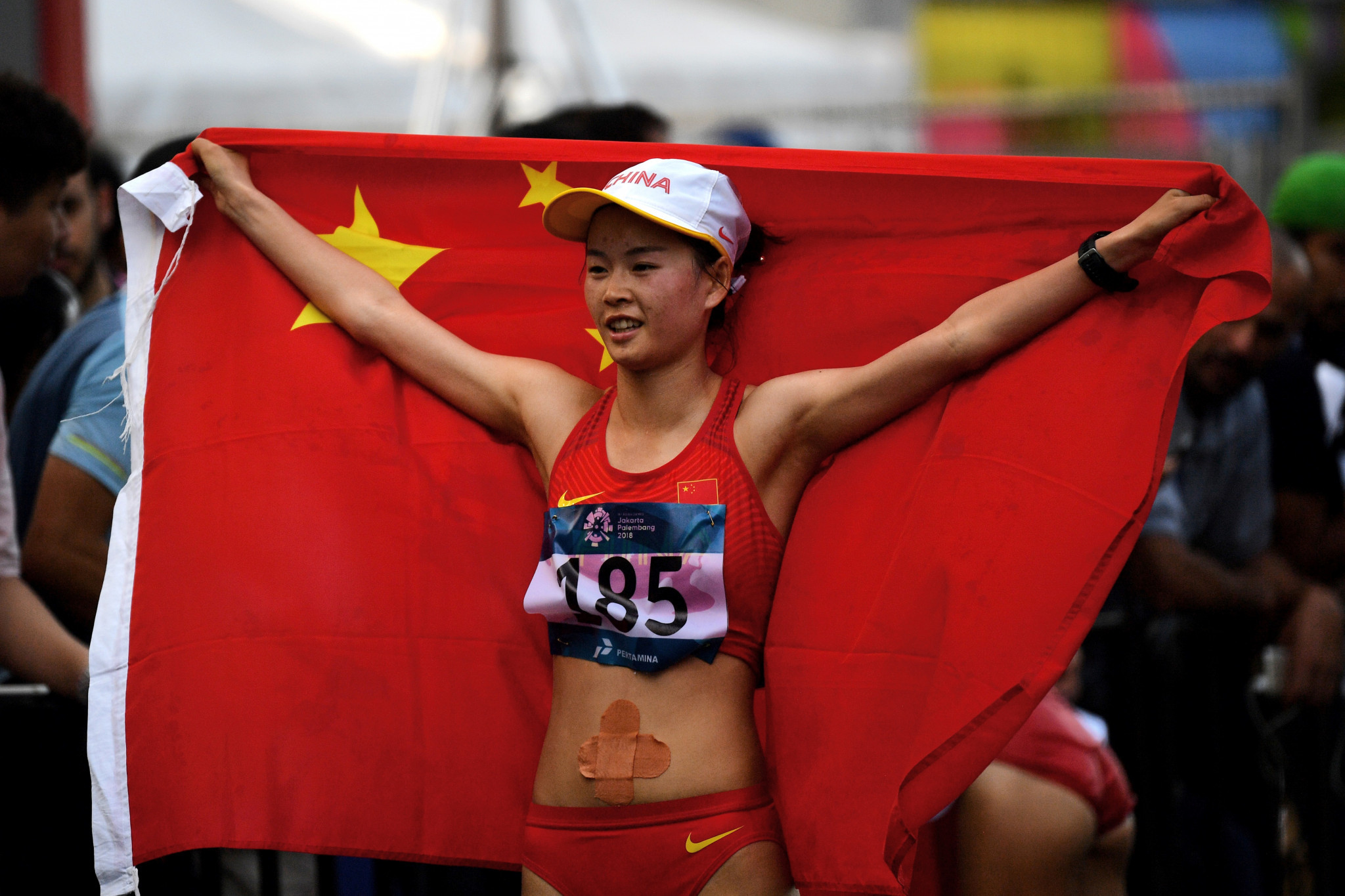 Yang takes 49 seconds off women's 20km race walk world record at China's National Championships
