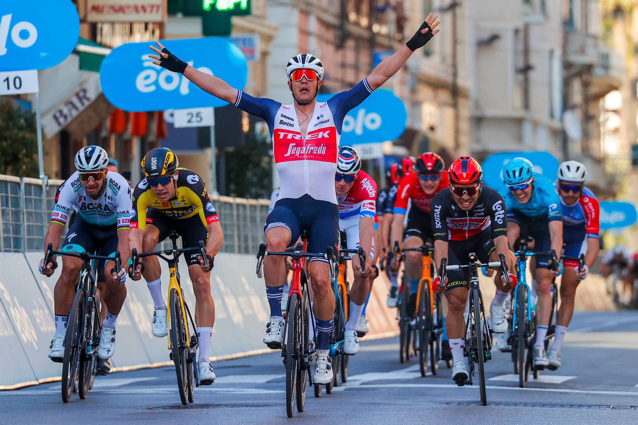 Stuyven wins Milan-San Remo after late attack