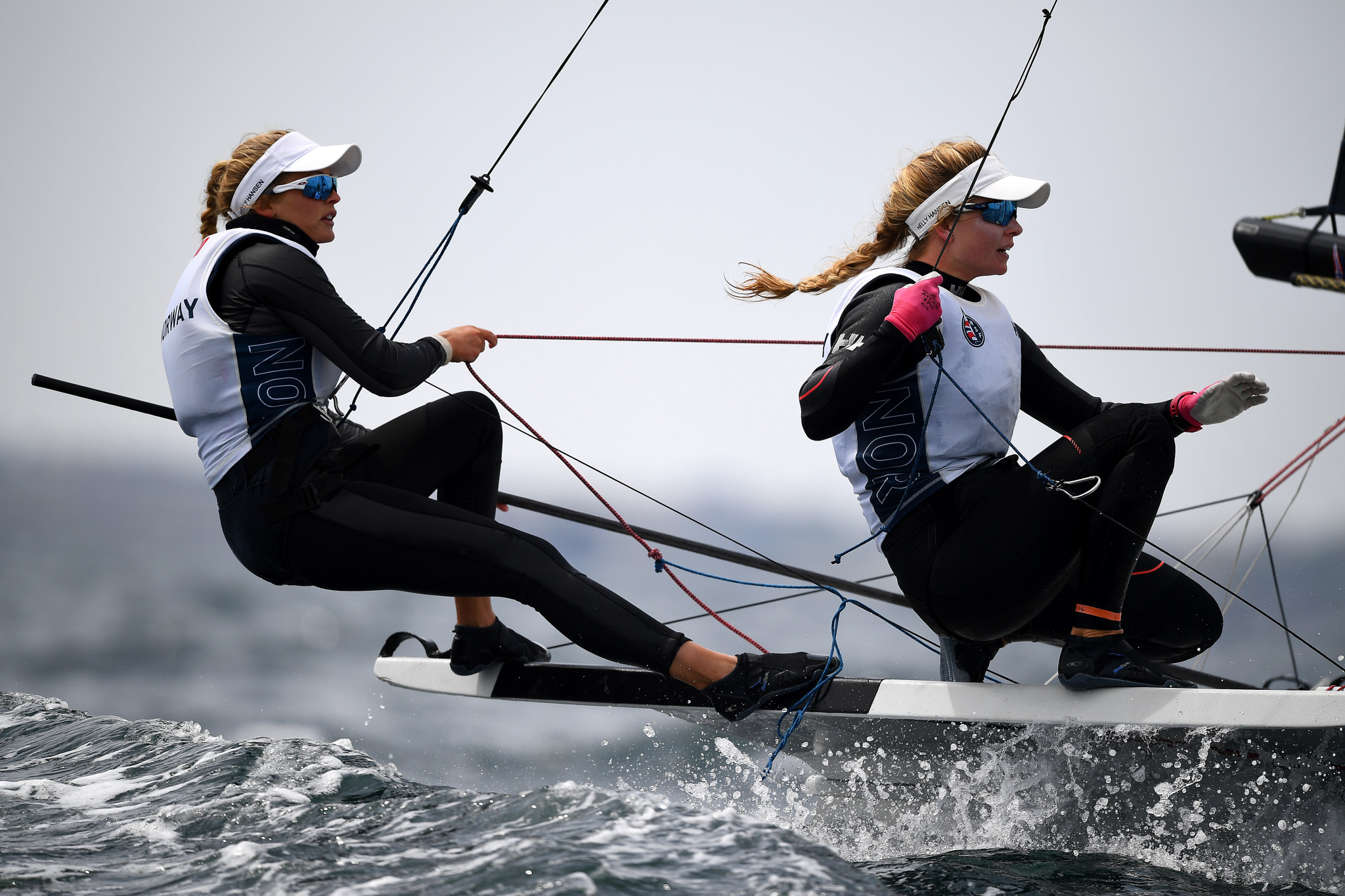 Norway's Helene Næss and Marie Rønningen lead the 49er FX class ©Getty Images