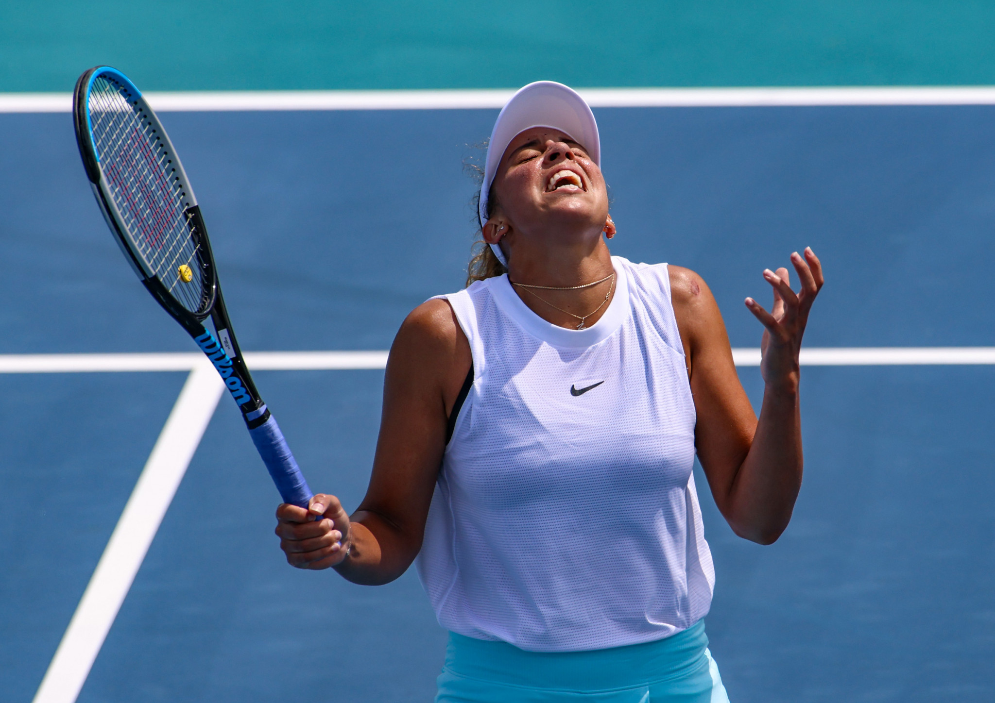 Keys crashes out of Miami Open as Barty survives three-set thriller