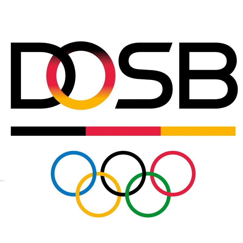 German Olympic Sports Confederation awarding scholarship for sports management course