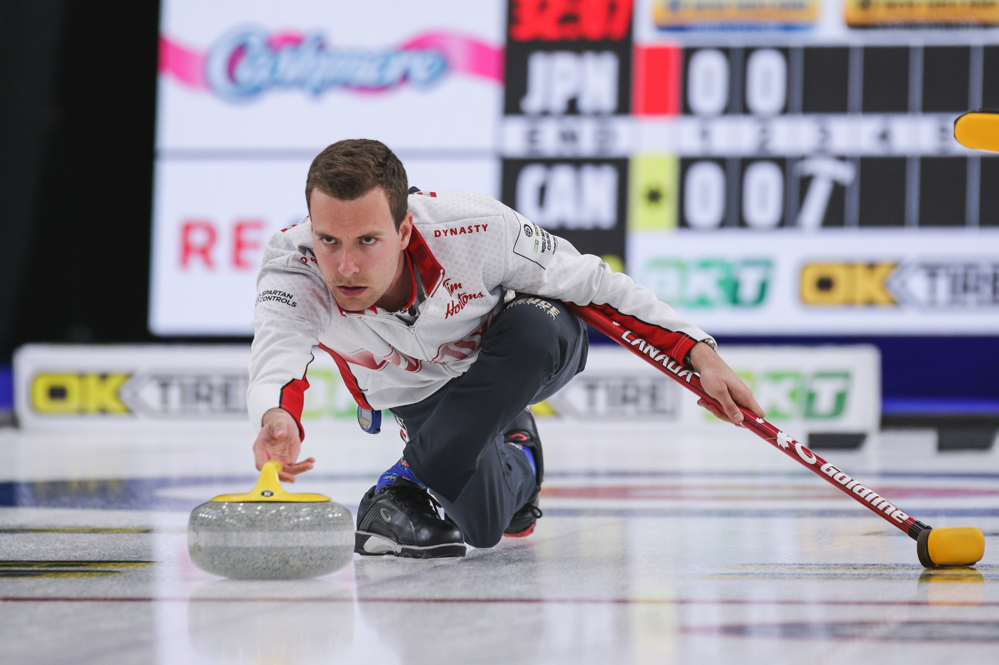 Hosts Canada off to perfect start at World Men's Curling Championship